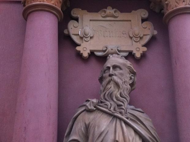 Paul statue