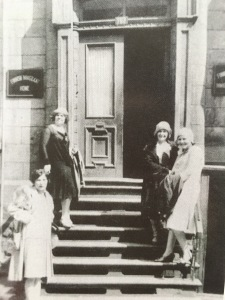 Newly arrived maids on the steps of the Finnish Immigrant Home in Montreal ca 1929 Victor Kangas Collection